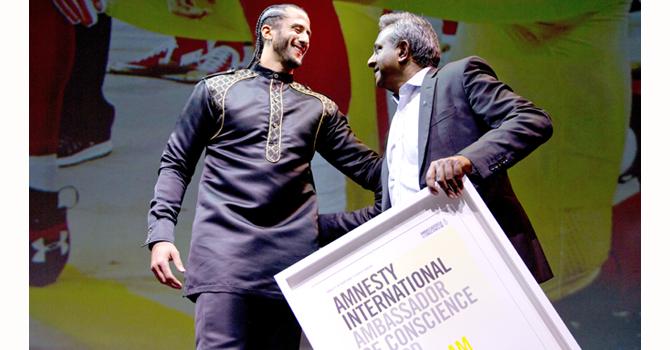 C.Kaepernick   Amnesty Intl Sec Gen Salil Shetty