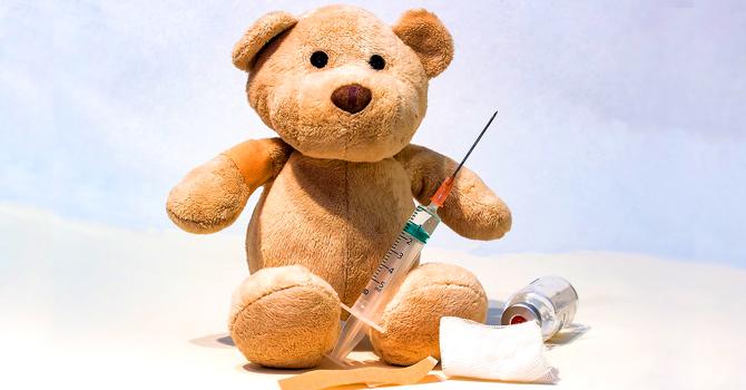 TEDDY BEAR syringe 1974677 960 720