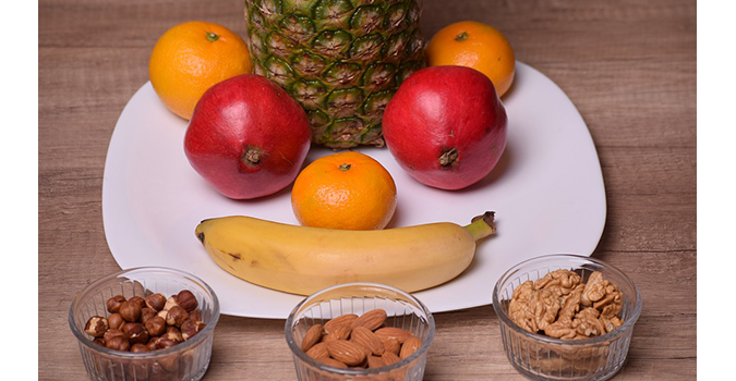 Fruit and nuts2